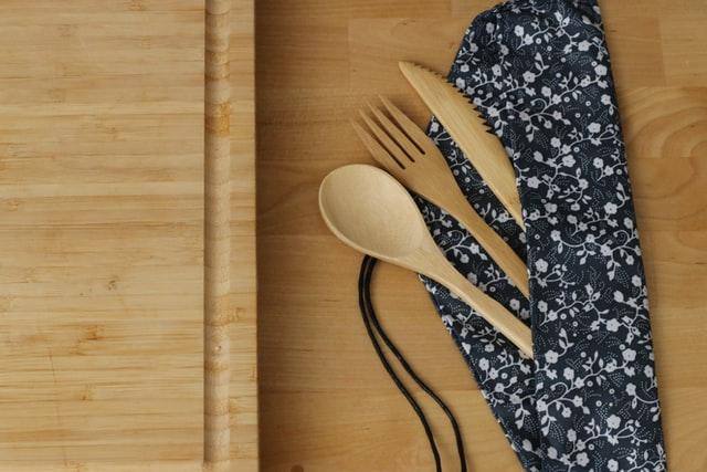 bamboo utensil set in cloth